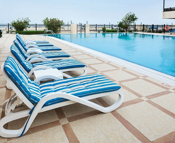Roda Beach Pool | The Healthy Retreat Company Dubai Retreat